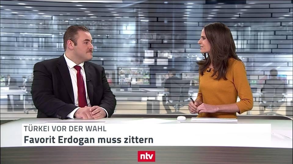 (c) n-tv